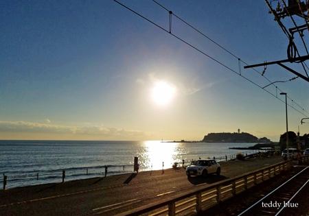 a restaurant with a view  海辺のレストラン_e0253364_10473482.jpg