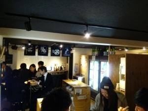 日本酒を堪能する店_d0297177_09043729.jpg