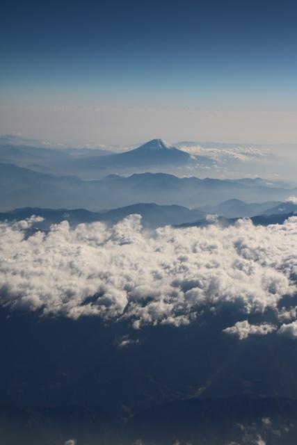 美しい富士山・・・・藤田八束の富士山に感動、そして感謝  (追加:鉄道写真)_d0181492_16522910.jpg