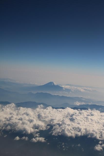 美しい富士山・・・・藤田八束の富士山に感動、そして感謝  (追加:鉄道写真)_d0181492_16580839.jpg