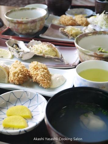ナポリ菓子と牡蠣_f0361692_12093542.jpg