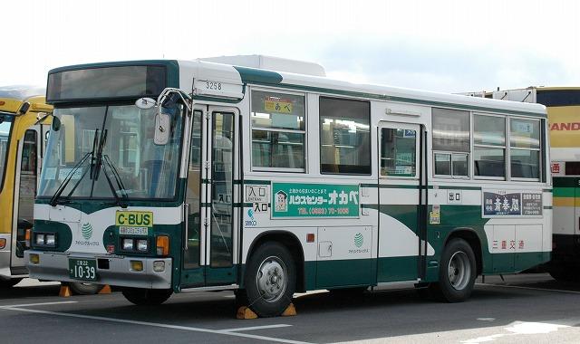 三重交通~いすゞLR  3258_a0164734_13361642.jpg