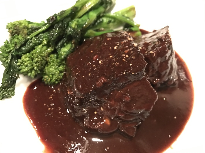 牛頬肉の赤ワイン煮込み¥2500_e0252173_064378.jpg