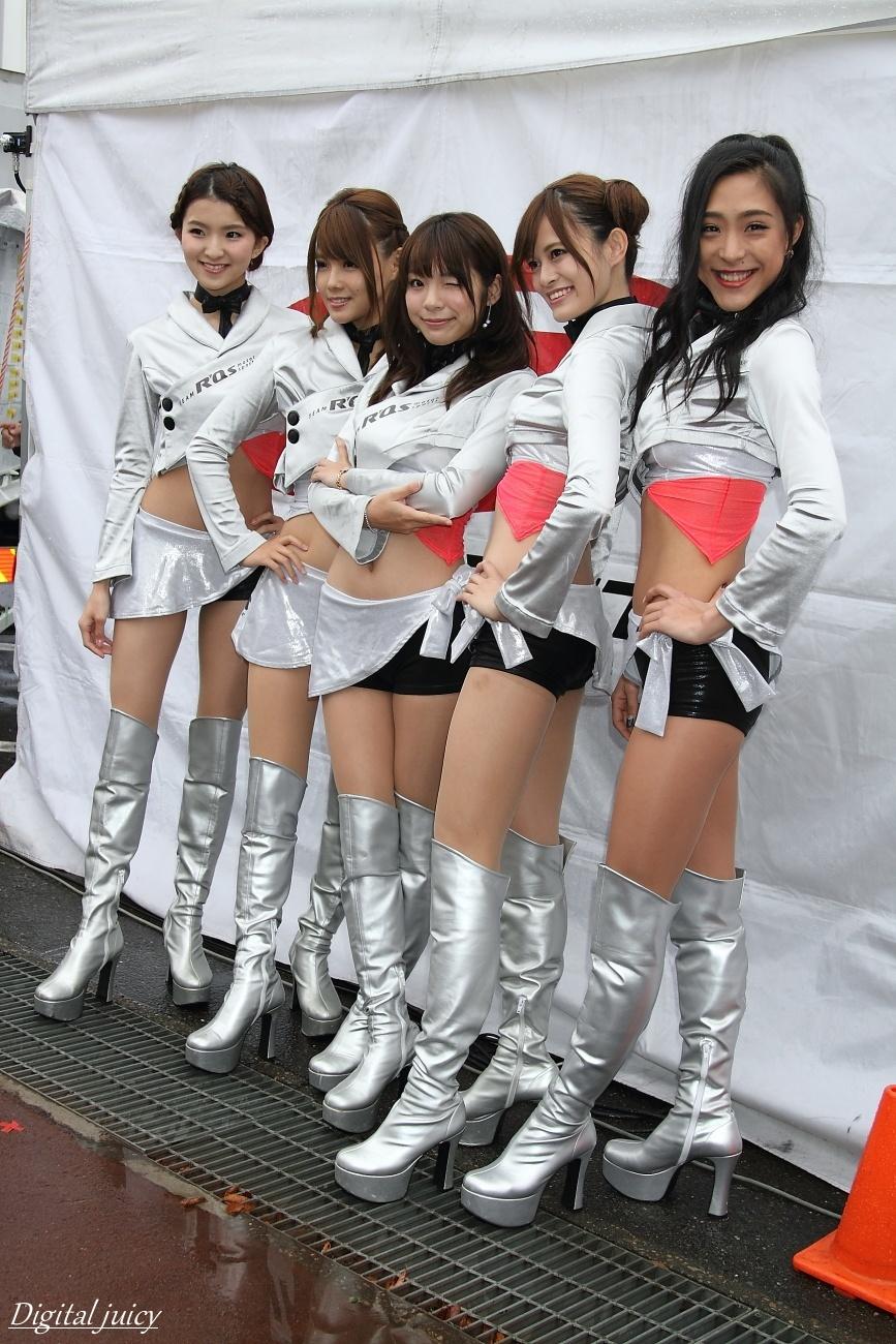 八重樫あやな さん、楠世里菜 さん、仙堂里奈 さん、西原早希 さん、会川真央 さん(R\'Qs RACING GIRLS)_c0216181_21535695.jpg