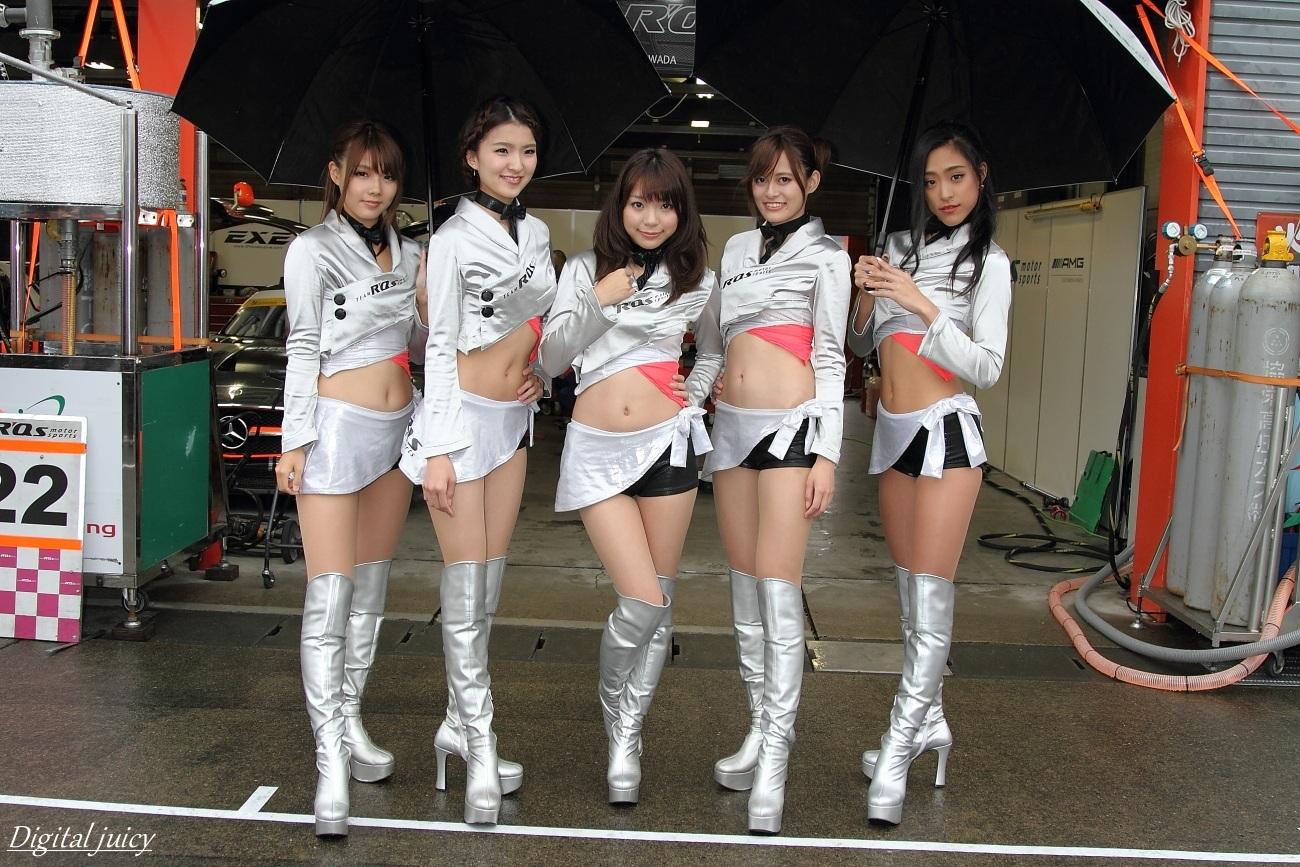 八重樫あやな さん、楠世里菜 さん、仙堂里奈 さん、西原早希 さん、会川真央 さん(R\'Qs RACING GIRLS)_c0216181_21535826.jpg