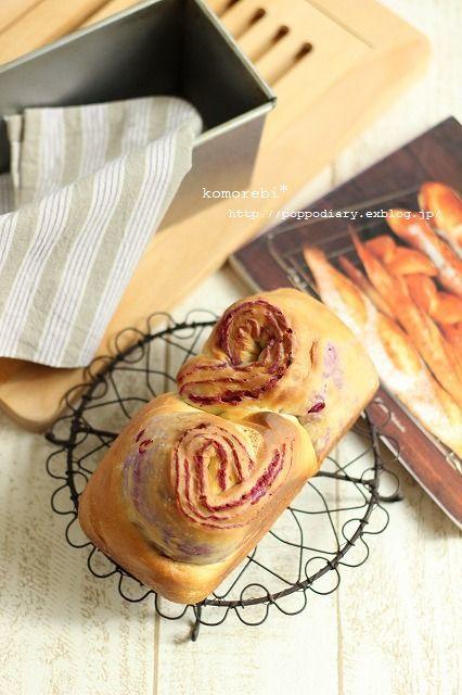 紫芋の折込パン(パン・スイーツ部門)_a0134594_14154913.jpg