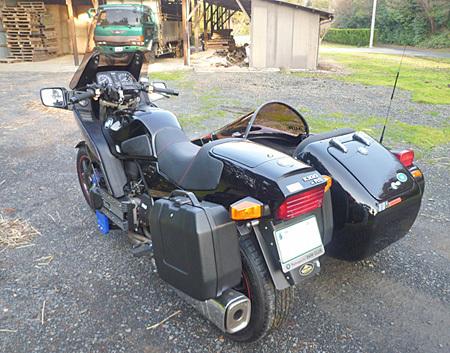 【オーナー様からの写真 その1 / BMW K100RS + NKオート ロードセイラーⅢ】_e0218639_17514680.jpg