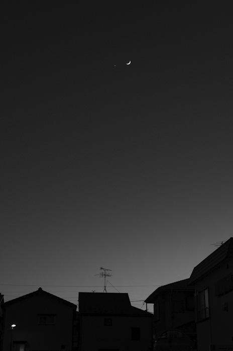 『月と金星』_d0116571_547222.jpg