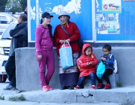 チベットの旅 そのⅡ_a0075589_16391560.jpg