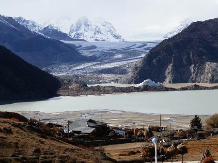 チベットの旅 そのⅡ_a0075589_1681756.jpg
