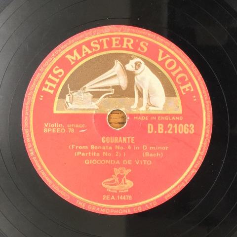1月 新着レコードのご紹介 デ・ヴィートのバッハ無伴奏_a0047010_11364193.jpg