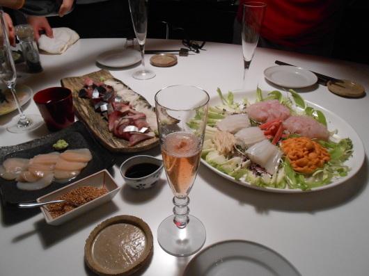 暮れの福岡、魚は正月仕様…_a0095931_12100229.jpg