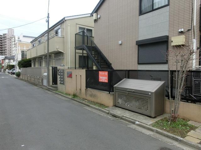 38年前の学生時代に住んでいたアパートが無くなっていた クリスマスの市川市_f0141310_87193.jpg
