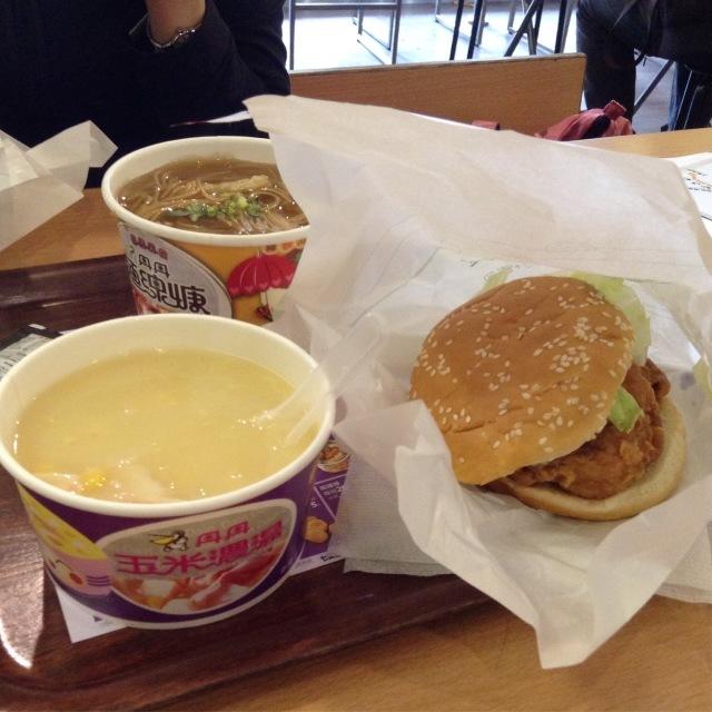台湾南部にしかないめちゃめちゃ美味しい「丹丹バーガー」。_a0334793_11271973.jpg