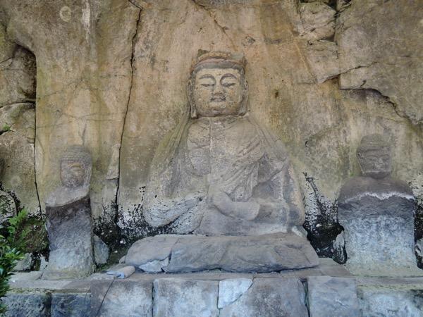 初詣は国宝指定の臼杵石仏_f0232994_11134985.jpg