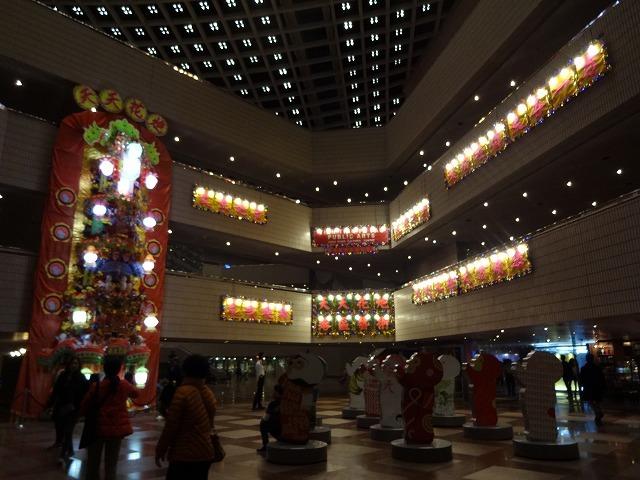 香港文化中心(HKカルチャーセンター)の飾り物 (海外旅行部門)_b0248150_15391736.jpg