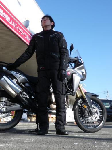 スタッフ佐々木、アルパインスターズのジャケットを買った。_b0163075_140223.png