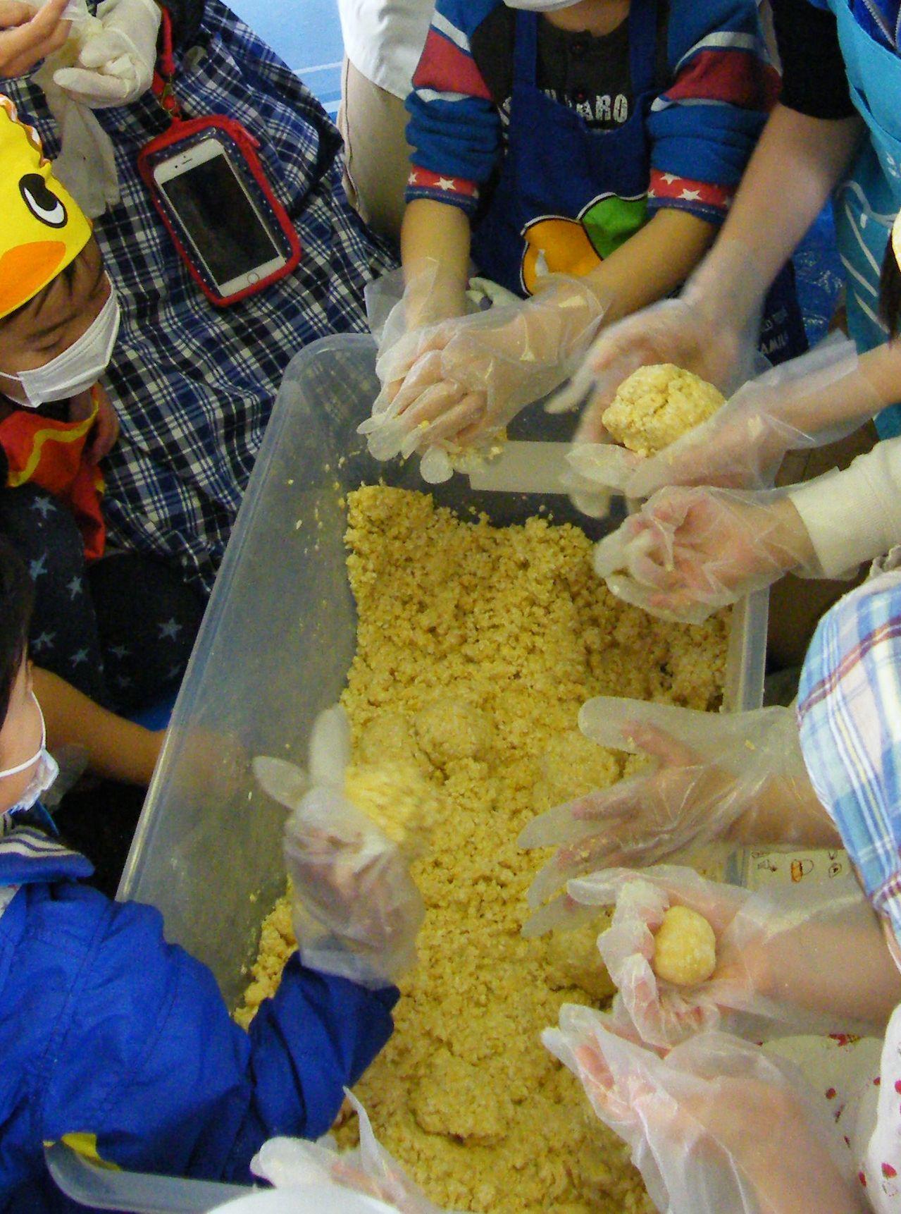 西島さんと味噌作り(^^)_e0356470_13211600.jpg