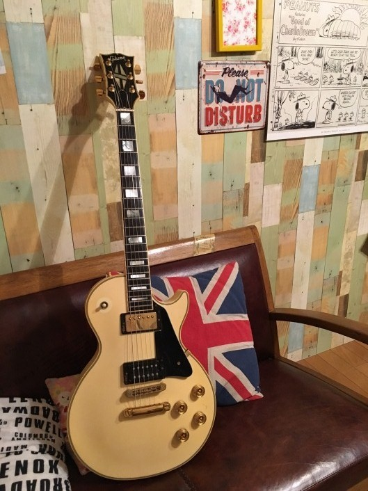Gibson Les Paul Custom _c0023278_19112271.jpg