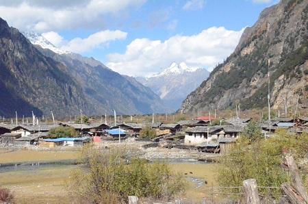 チベットの旅 そのⅢ_a0075589_11224755.jpg