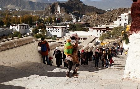チベットの旅 そのⅢ_a0075589_11333884.jpg