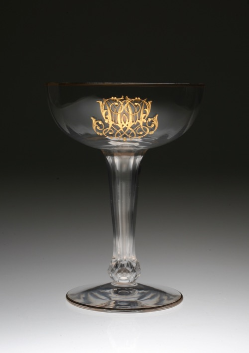 Champagne Coupes Special 1_c0108595_2233256.jpg