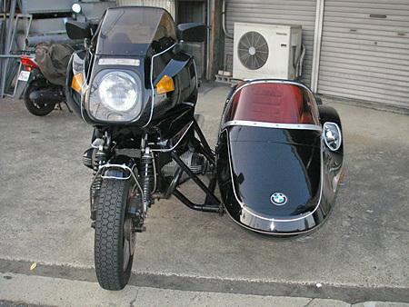 お勧めのサイドカー BMW R100RS+クマガヤ(黒)_e0218639_21380132.jpg