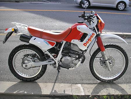 お勧めの中古車 ホンダXLディグリー(250cc)_e0218639_23150310.jpg
