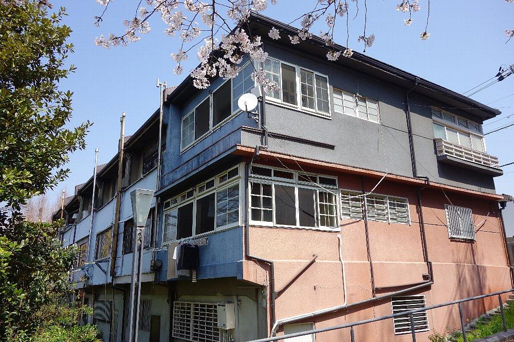 網島町の洋風長屋_c0112559_8223838.jpg