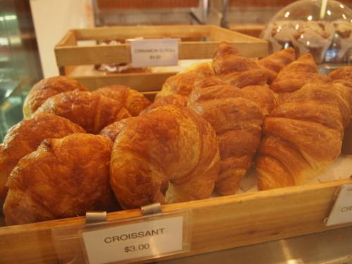 美味しいコーヒーと合わせて♪ロットネスト島のパン屋さん_c0351060_09162620.jpg