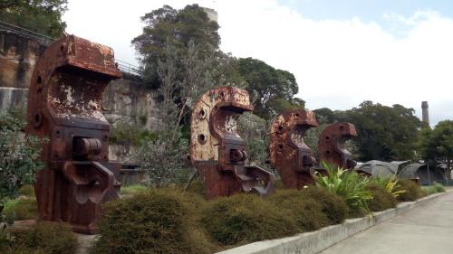 素敵な廃墟島。シドニーにある世界遺産、コカトゥー島_c0351060_23301946.jpg