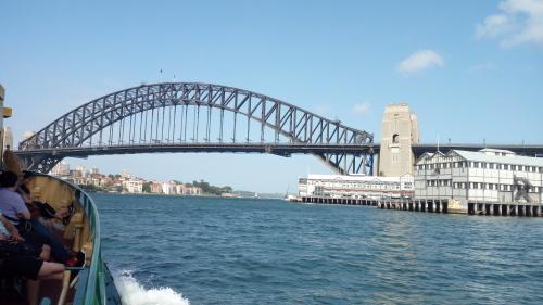 素敵な廃墟島。シドニーにある世界遺産、コカトゥー島_c0351060_23465330.jpg