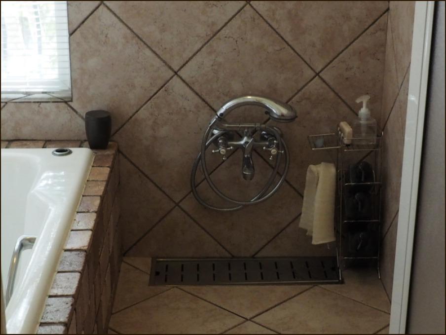 バスルームの模様替えとDIY_c0228386_17480381.jpg