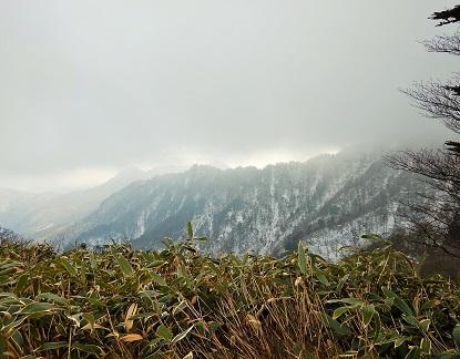 雪の石鎚山登山_e0077899_8422855.jpg