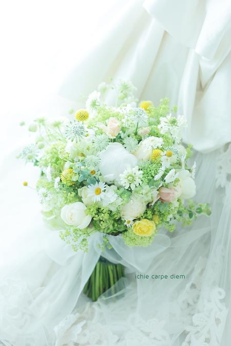 新郎新婦様からのメール 5月の草花と芍薬と シェ松尾松濤レストラン様_a0042928_19384840.jpg