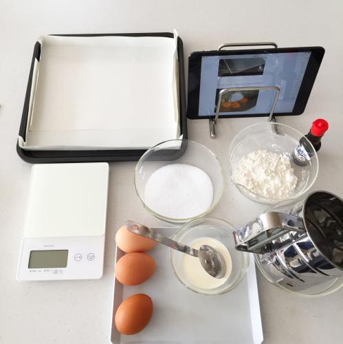 初心者のための覚書。イチゴふわふわロールケーキは、結局これがわかりやすいです!_e0348257_22171717.jpg