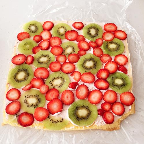 初心者のための覚書。イチゴふわふわロールケーキは、結局これがわかりやすいです!_e0348257_22303449.jpg