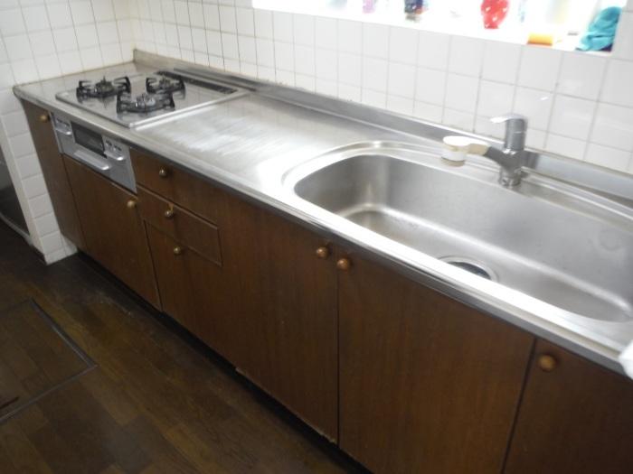 床とキッチン ~ 古くなってきたので。_d0165368_07551908.jpg