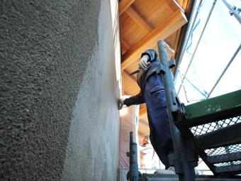 稲田堤の家の外壁はリシンかき落し_c0195909_861676.jpg