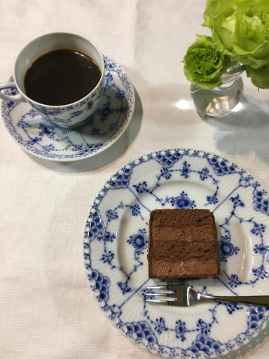 バイカルのチョコレートケーキ_c0223630_00102074.jpg