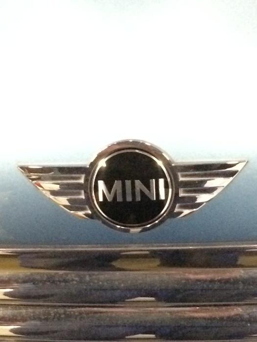 BMW MINI カーナビ取付_c0267693_12385692.jpg