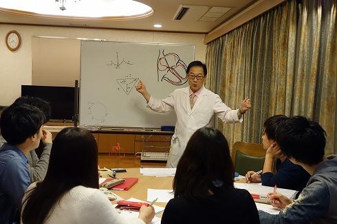名市大医学部4年生の心電図勉強会_a0152501_13524639.jpg