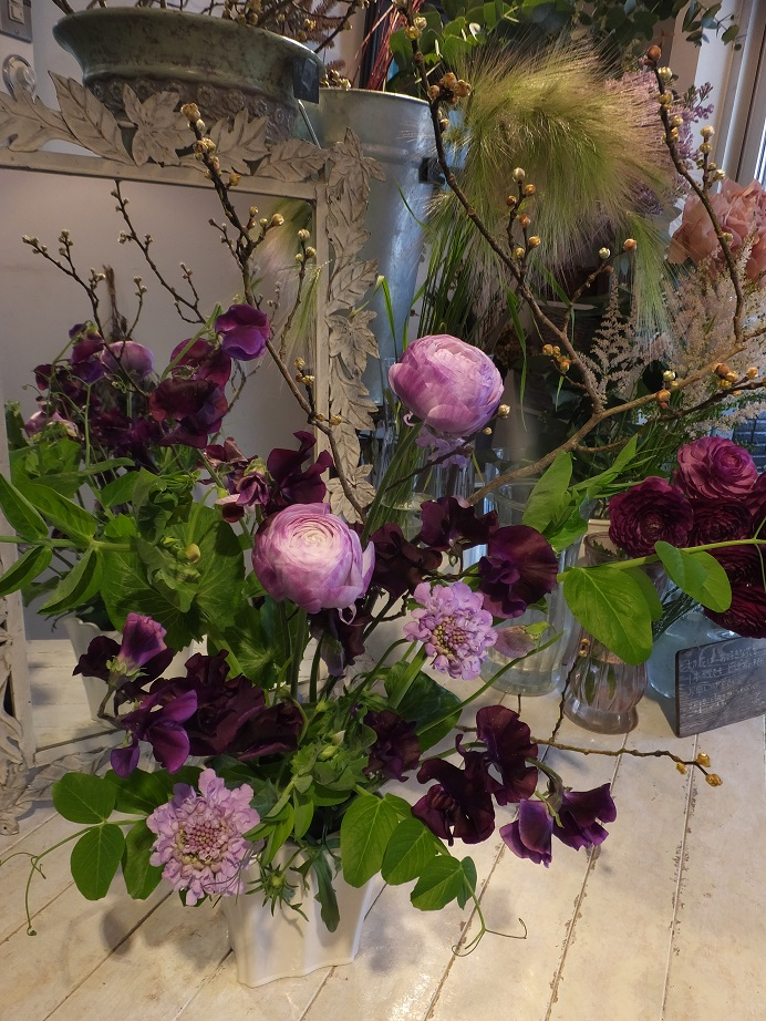 オークリーフ花の教室(甘艸さんと大草さんの作品)_f0049672_1825084.jpg