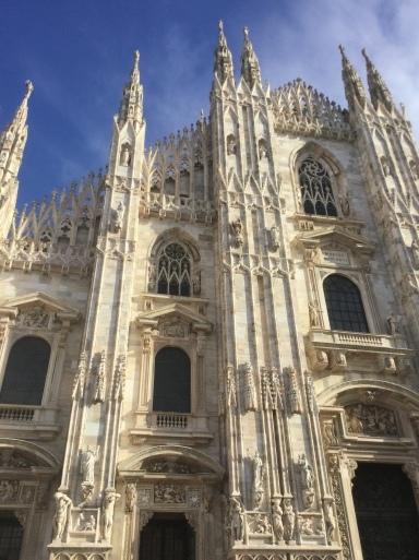 冬のイタリア旅 ②…MILANOのVivier_b0210699_07471435.jpeg