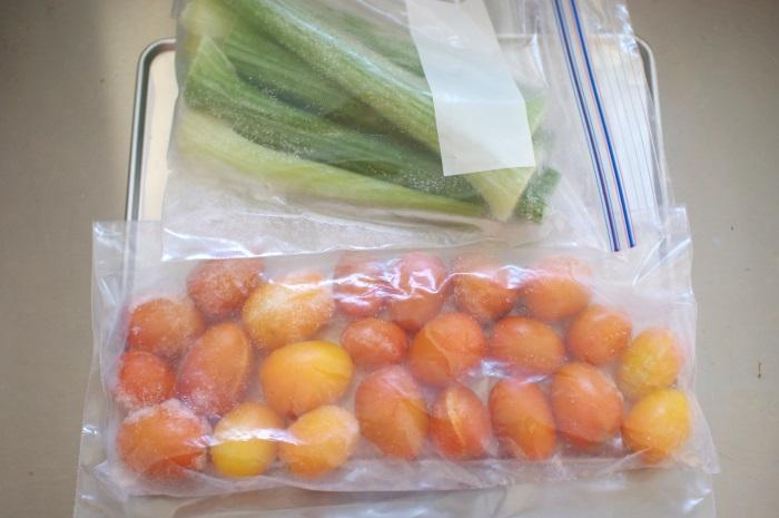 冷凍ミニトマトで黄色いミネストローネ_c0110869_5204415.jpg