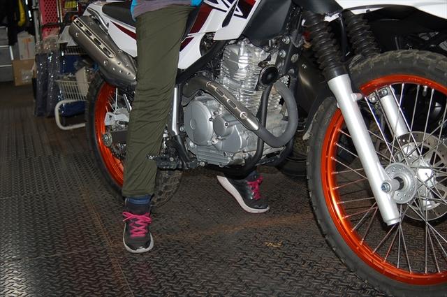 スタッフによるオフロードバイク・どれがオススメ?~足つき比較~_d0099181_14512076.jpg