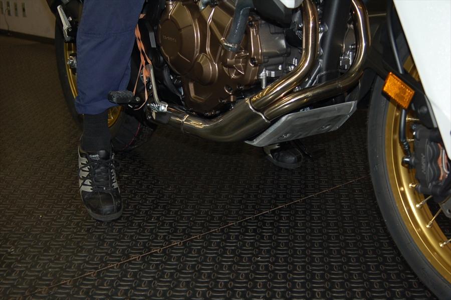 スタッフによるオフロードバイク・どれがオススメ?~足つき比較~_d0099181_15494954.jpg