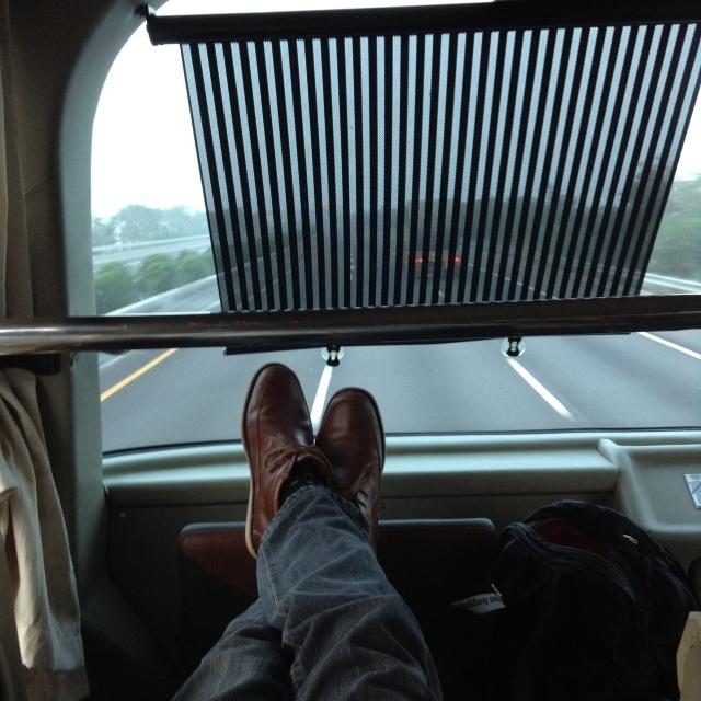 台湾の高速バスは素晴らしい~和欣白金臥艙(プラチナムクラス)で高雄へ。_a0334793_10522234.jpg