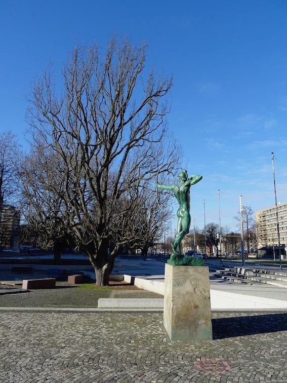 市庁舎_e0357367_02555261.jpg