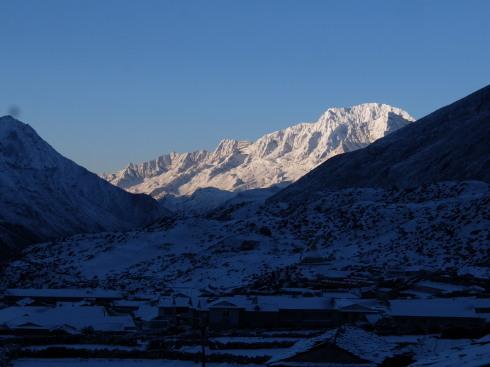 11日目: trekking day9 ディンポチェ(Nangkar Tshang)_a0207588_17083119.jpg